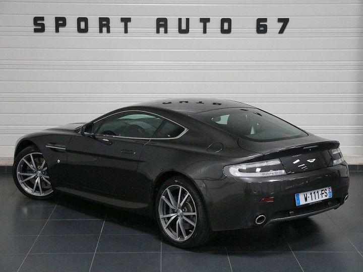 Aston Martin V8 Vantage  - 3