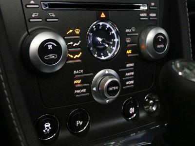 Aston Martin V8 Vantage    - 8