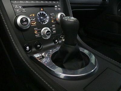 Aston Martin V8 Vantage    - 11