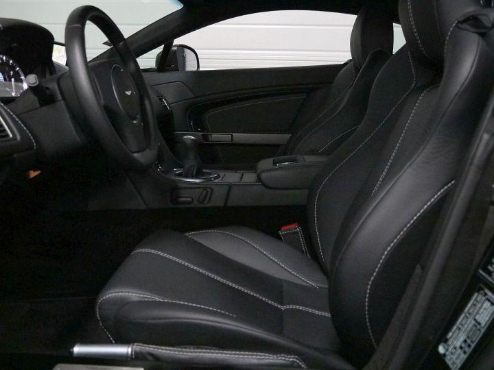 Aston Martin V8 Vantage  - 15