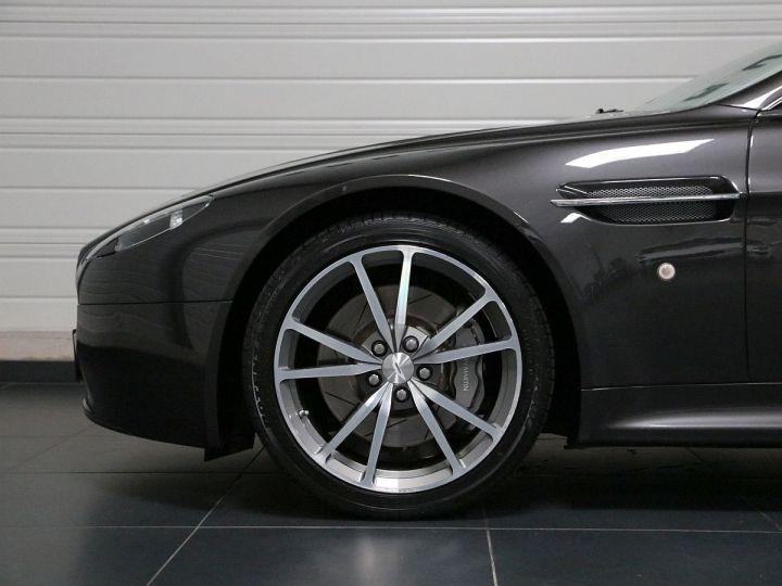 Aston Martin V8 Vantage  - 24