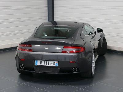 Aston Martin V8 Vantage    - 22