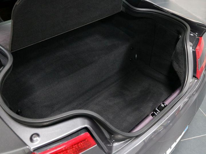 Aston Martin V8 Vantage  - 27
