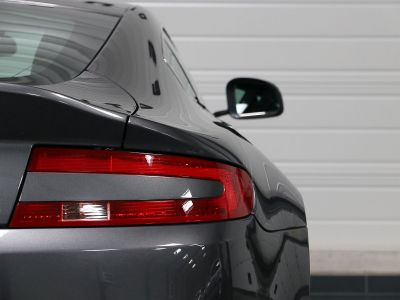 Aston Martin V8 Vantage    - 31