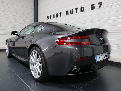 Aston Martin V8 Vantage    - 35