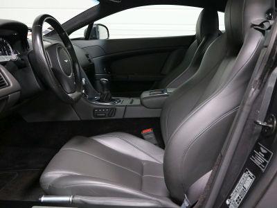 Aston Martin V8 Vantage    - 36