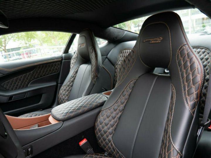 Aston Martin VANQUISH S - 9