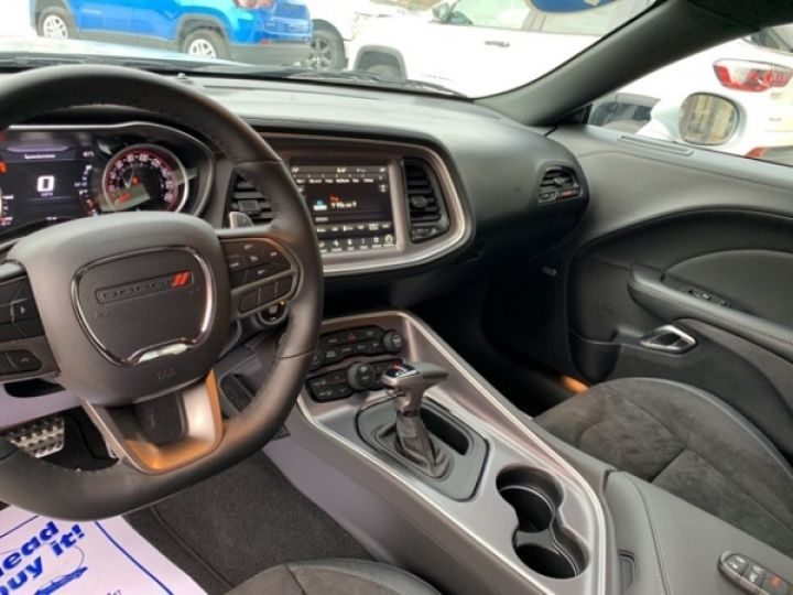 Dodge Challenger R/t scat pack widebody hemi srt 64l 392 mds bva8 - 19