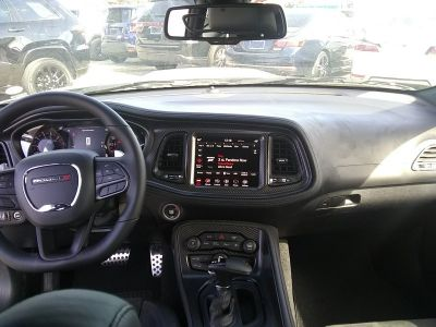Dodge Challenger R/t v8 hemi 57l 375hp   - 4