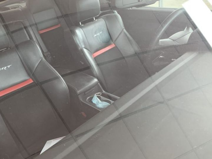 Dodge Challenger SRT8 2010 - 7