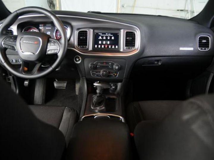 Dodge CHARGER Sxt v6 pentastar 36l bva8 305hp - 10