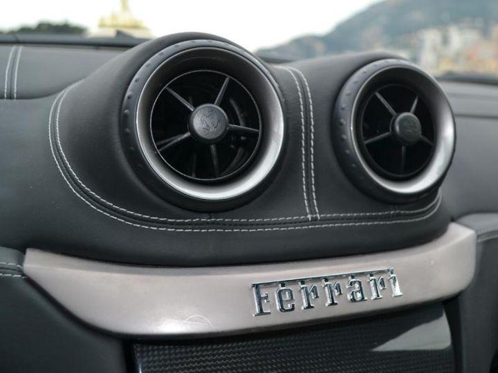 Ferrari 599 GTB V12 6.0 F1 - 16