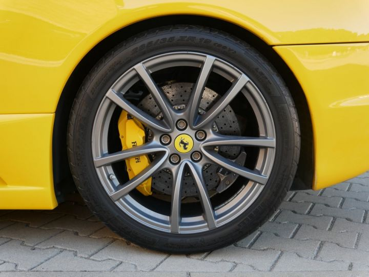 Ferrari F430 Scuderia F1, Harnais, Carbone+LED, Navi, Bluetooth - 12