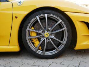 Ferrari F430 Scuderia F1, Harnais, Carbone+LED, Navi, Bluetooth   - 15