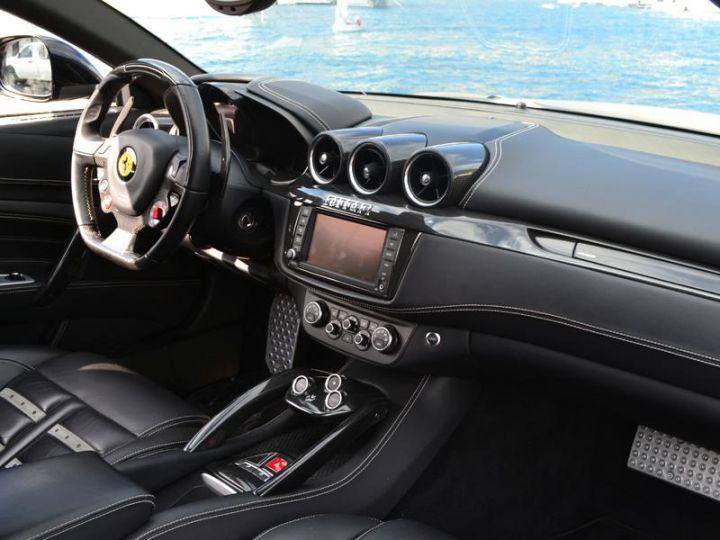 Ferrari FF V12 6.3 660ch - 12