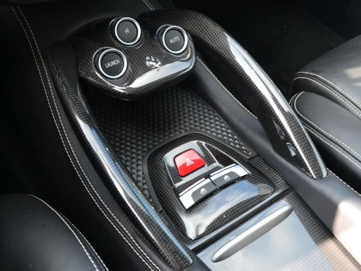 Ferrari FF V12 6.3 660ch - 15