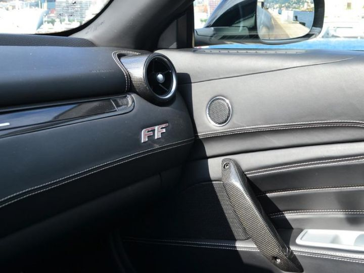 Ferrari FF V12 6.3 660ch - 18