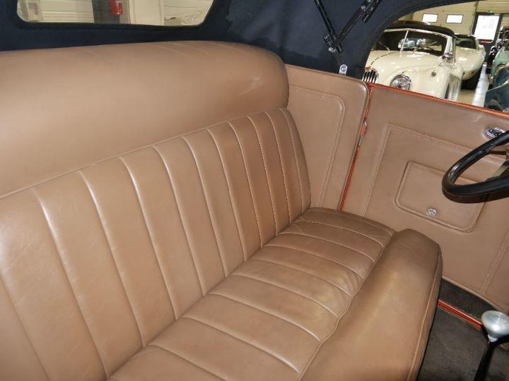 Ford 32 V8 18 - 10