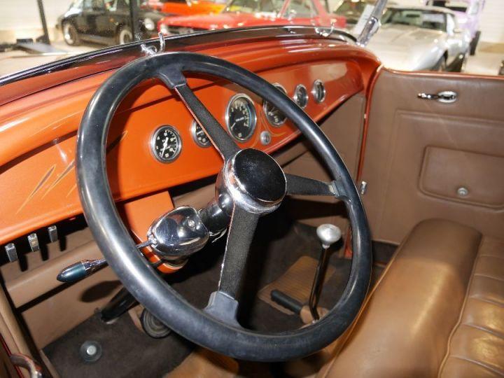 Ford 32 V8 18 - 12