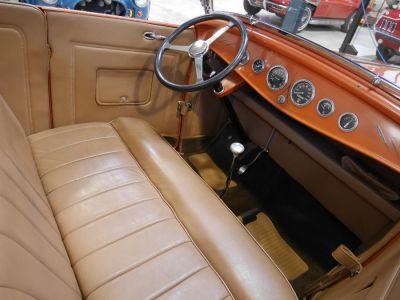 Ford 32 V8 18   - 42