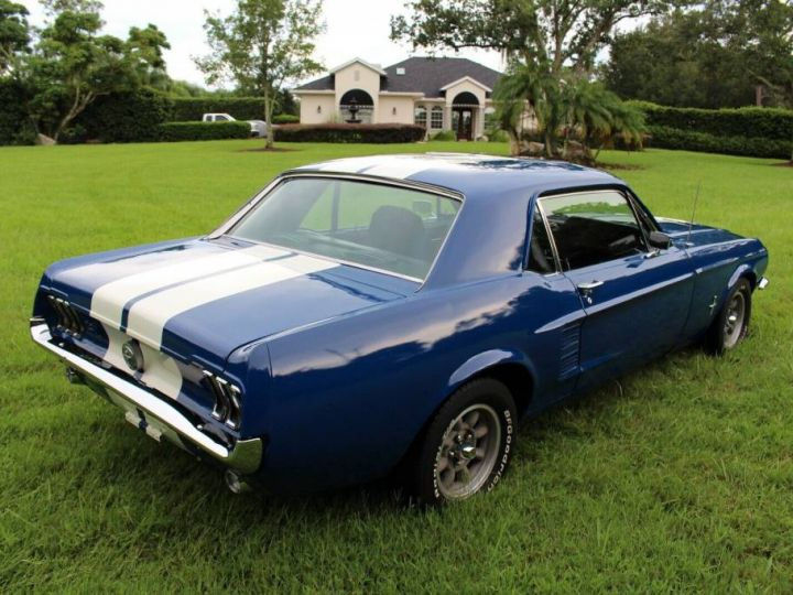 Ford Mustang 1967 - 4