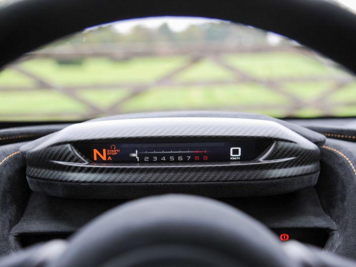 McLaren 765LT McLaren 765LT - 12