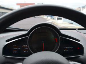 McLaren MP4-12C 3.8 V8 biturbo   - 13