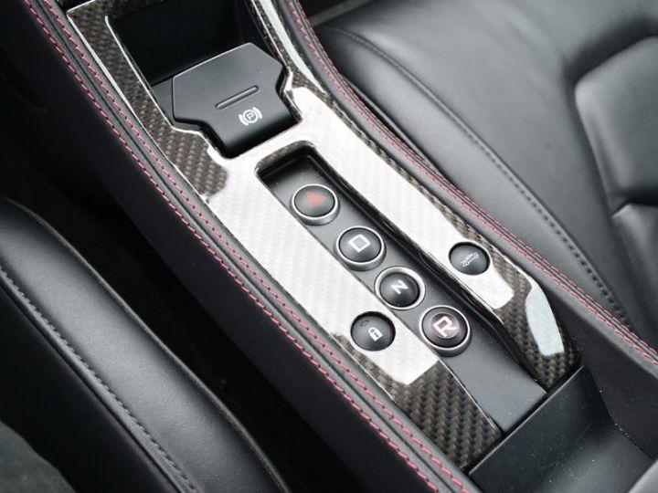 McLaren MP4-12C 3.8 V8 biturbo - 15