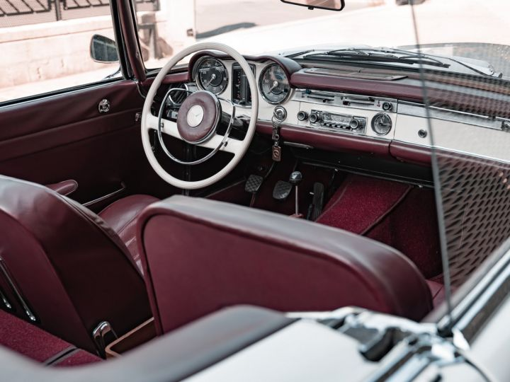 Mercedes 230 SL PAGODA - 8