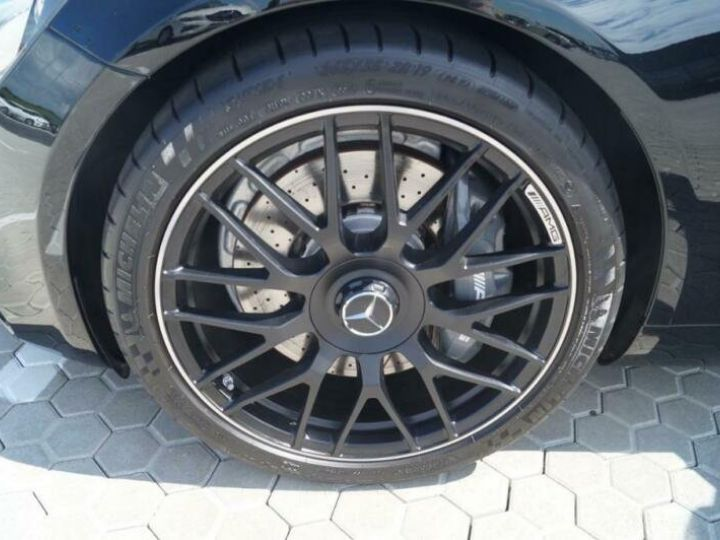 Mercedes AMG GT 40  - 11