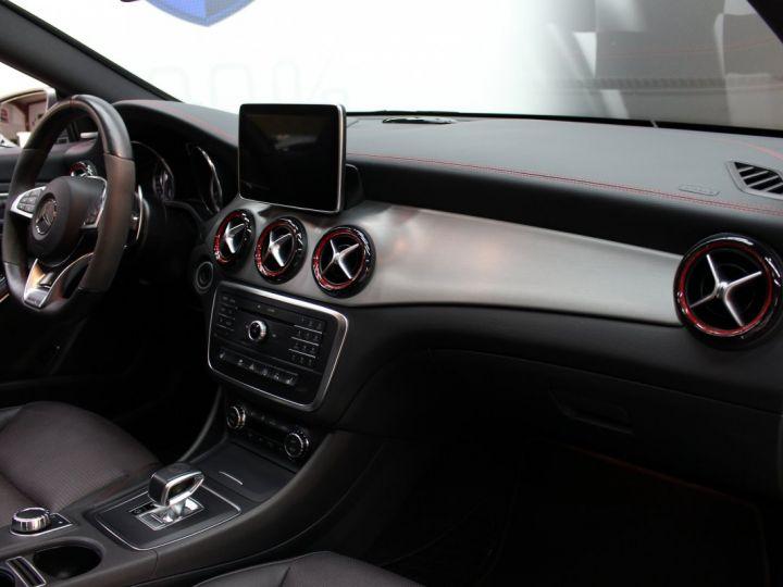 Mercedes CLA Shooting Brake 45 amg 360ch / pack performance / harman & kardon - 17
