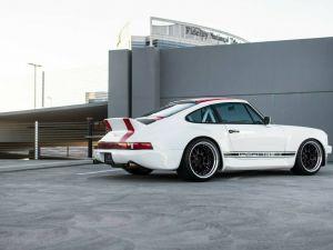 Porsche 911 1985   - 3