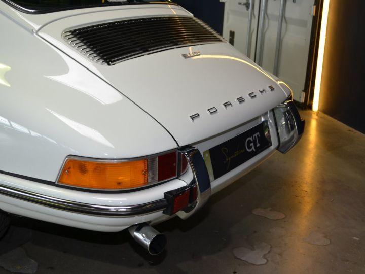 Porsche 911 22T - 5