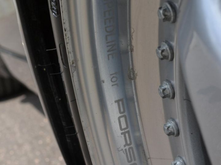 Porsche 911 964 33 turbo - 41