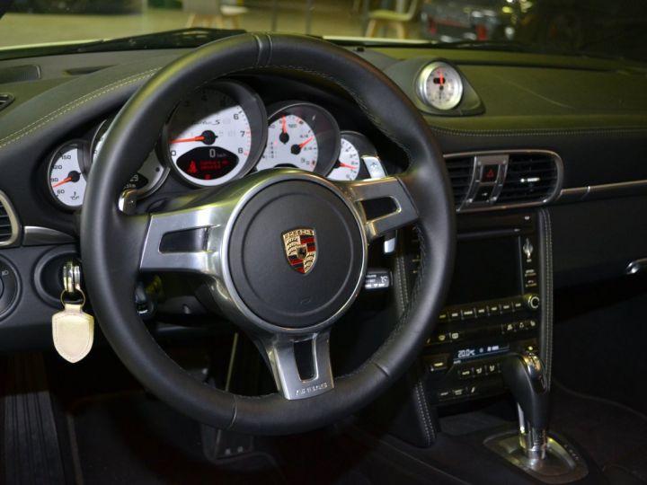 Porsche 911 IV (997) Turbo S - 15
