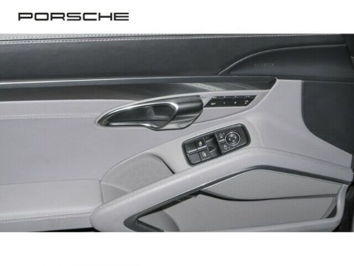 Porsche 991 Carrera 4S coupé  (Phase 1) - 9